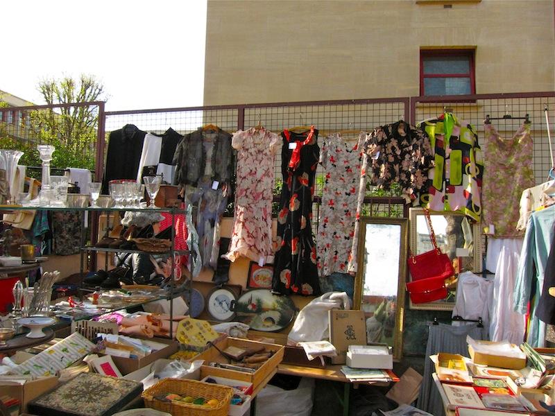 Best paris flea market the marche aux puces de la porte - Marche aux puces de la porte de vanves ...