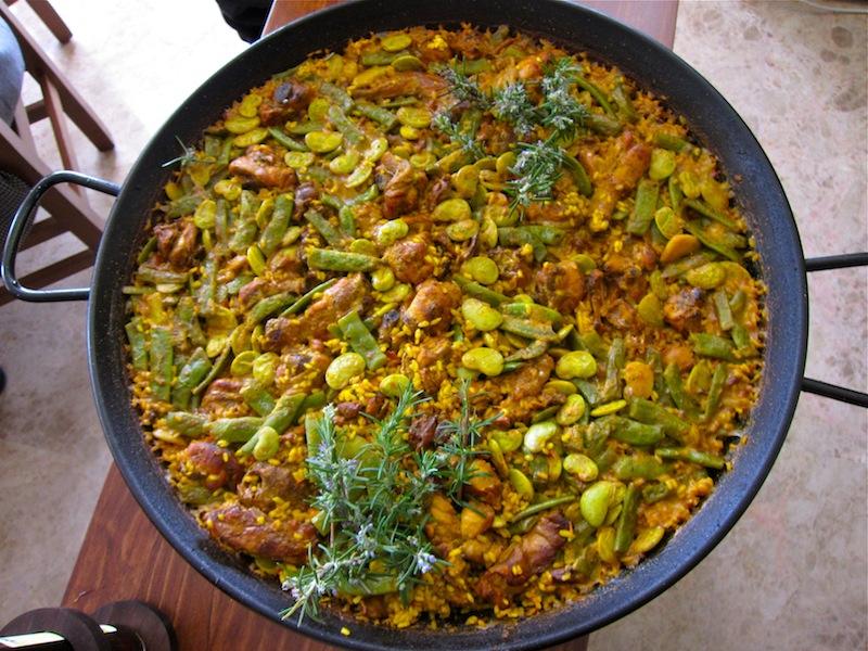 Paella Valenciana a recipe straight from Valencia, Spain ...