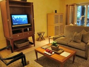 Sitting area in Saxon Suite