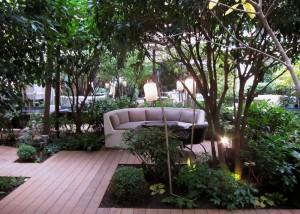 Garden at Mandarin Oriental Paris by SmKatzman