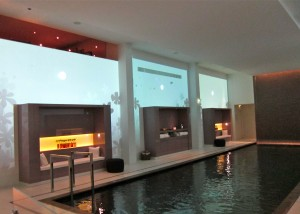 Spa  Pool at the Mandarin Oriental Paris by SmKatzman