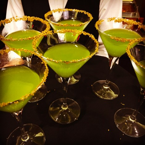 Party-Ready Mardi Gras Cocktail